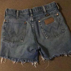 Wrangler Cut Off Jean Shorts sz 4 High Waist